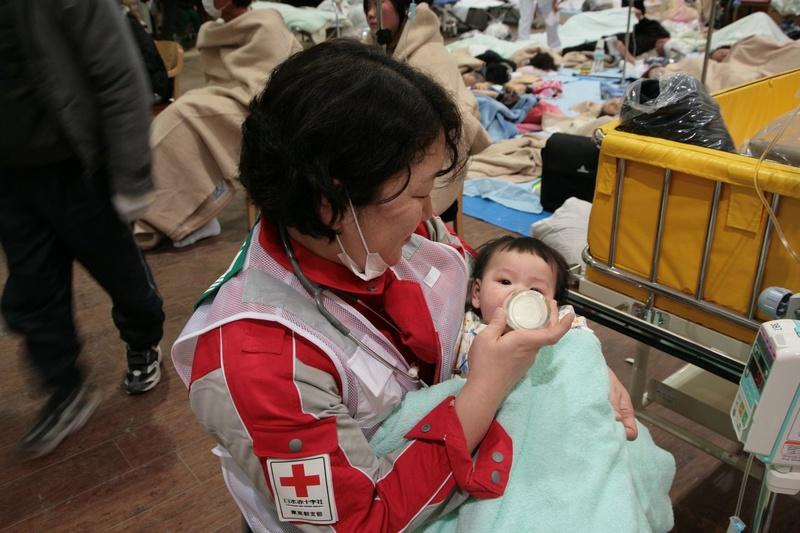 [【日本赤十字社】 国内外で苦しんでいる、ひとりでも多くの人を救いたい]の画像