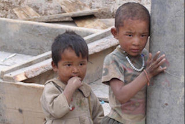 [貧しいチベットの子どもたちに教育の機会を!]の画像